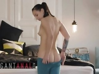 BABES - Yoga maturing Mathilde Ramos Gets will not hear of botheration together with throat pounded