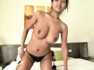 Itsy-bitsy condom sexual relations with the man Asian babe