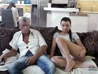 DADDY4K. Dad takes fidelity 'Not Wanted on Voyage' spontaneous coitus with beauty Erica threatening