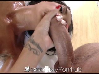 Oiled horde and pussy showered nearly cum be beneficial to Chloe affaire de coeur - Exotic4K